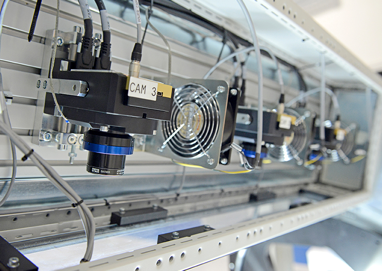 Lineavision solution for automatic optical inspection